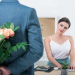 Недорогие подарки коллегам женщинам