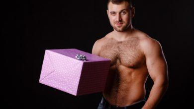 Что подарить спортсмену на день рождения