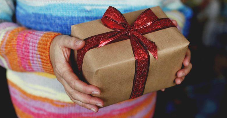 Что подарить Весам на день рождения