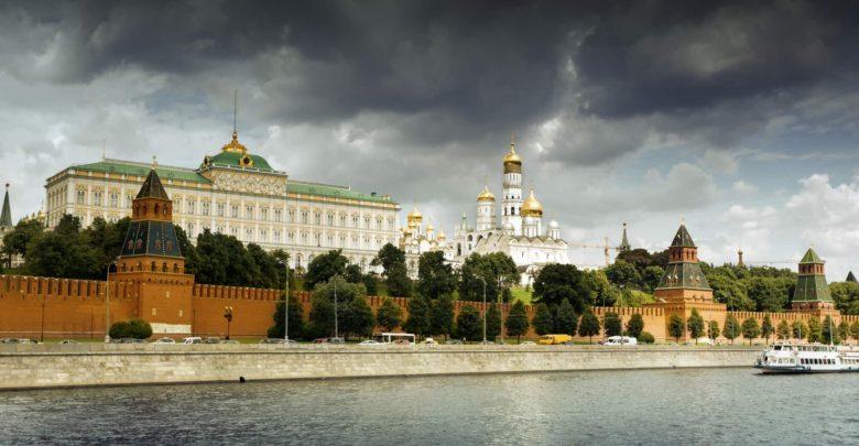 Что привезти в подарок из России