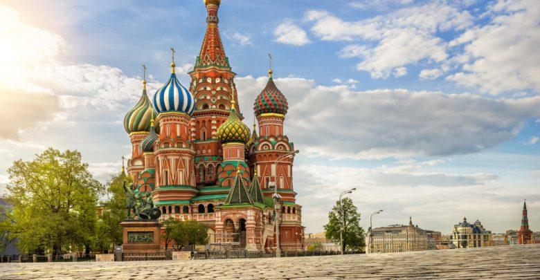 Что привезти в подарок из Москвы