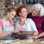 Что подарить бабушке на день рождения в 70 лет?