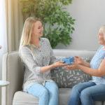 Что подарить маме на юбилей в 45 лет?