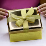 Что подарить девушке на день рождения в 16 лет?