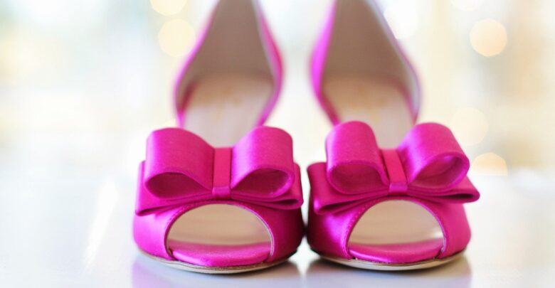 Можно ли дарить обувь