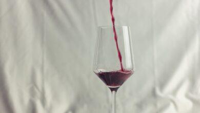 Что подарить любителю вина