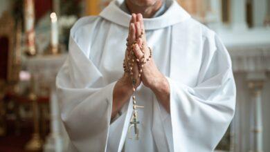 Что подарить священнику