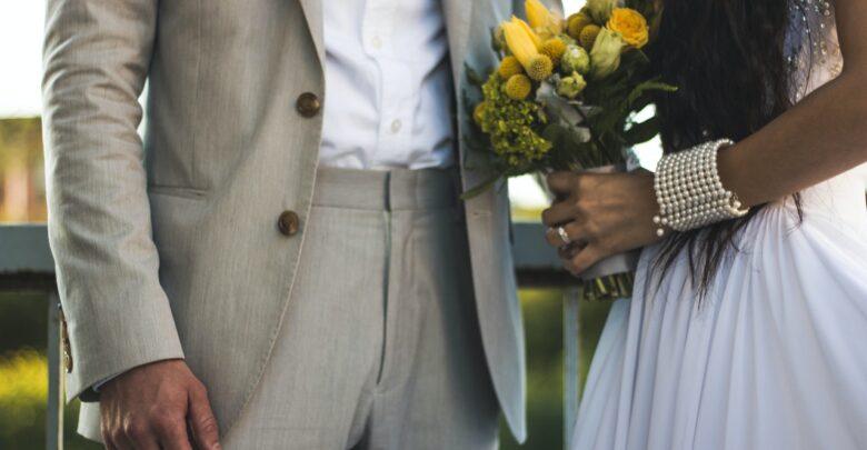Что подарить на гранатовую свадьбу