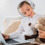 Что можно подарить девочке на 8 лет?