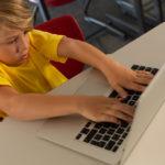 Что можно подарить мальчику на 8 лет?