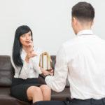Что подарить коллегам по работе недорого