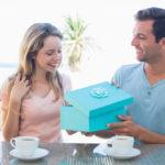 Что подарить на годовщину знакомства?